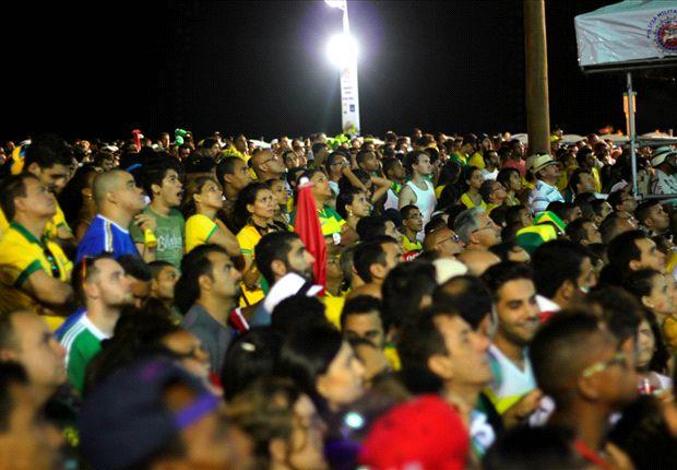 En el Fan Fest de Salvador cerca de 10 mil personas vibraron con el partido.