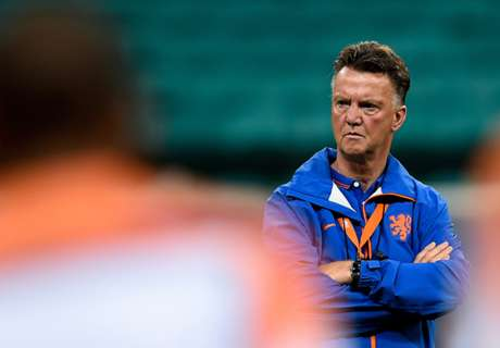 No holiday for LVG before Man Utd job