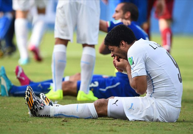 Fifa to investigate Suarez incident
