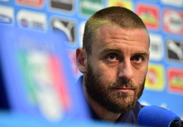 'Italy need real men' - De Rossi slams team-mates