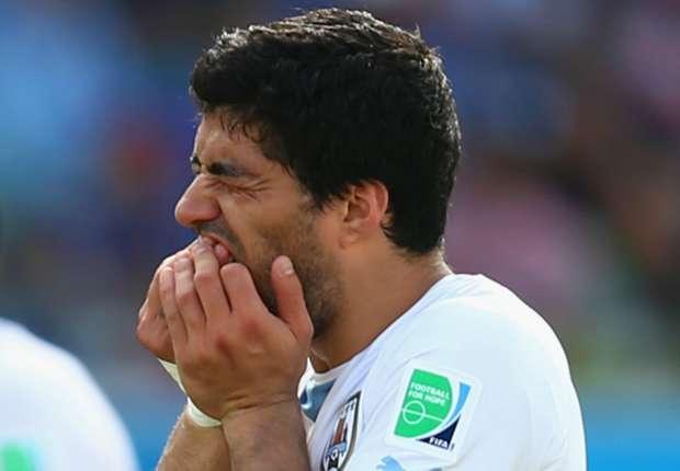 Agen Bola - Masa Depan Suarez Di Khawatirkan