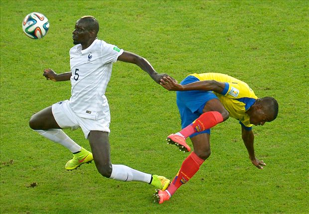 Sakho defends elbow on Minda during World Cup match