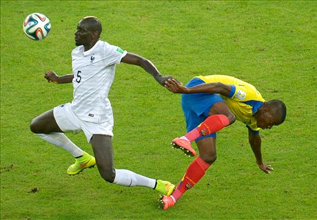 Sakho defends elbow on Minda