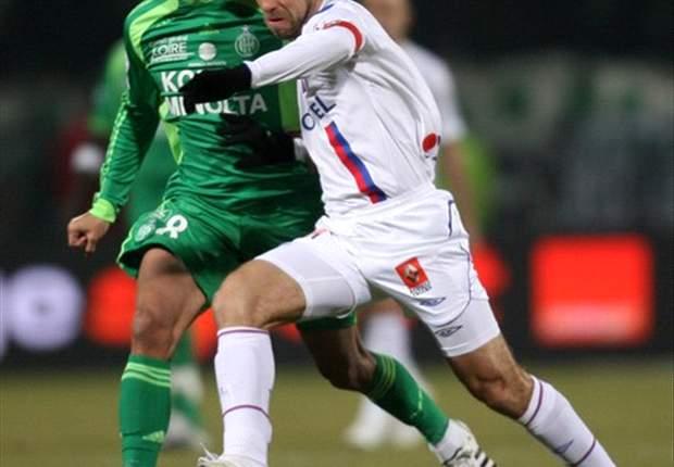 Juninho Free-Kick Saves Lyon From Derby Defeat