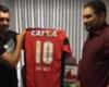 Dátolo fue presentado en Vitória y le pegó a los dirigentes de Boca
