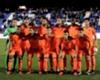 El árbitro no vio una mano clara de Pezzella en el Betis - Valencia