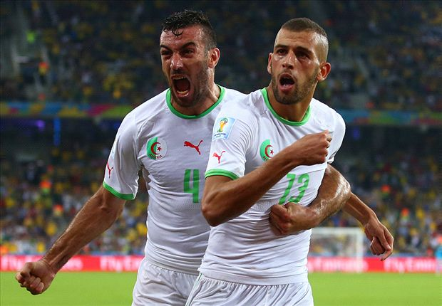 Algeria 1-1 Russia: Slimani goal puts North Africans through
