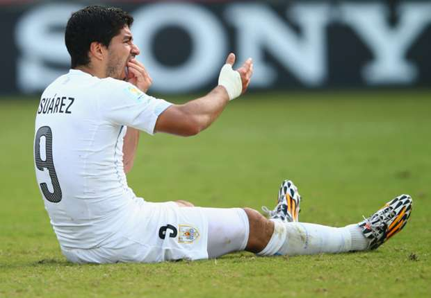 Pele: Suarez ban sets the correct example