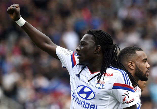 Swansea City sign Gomis on free transfer