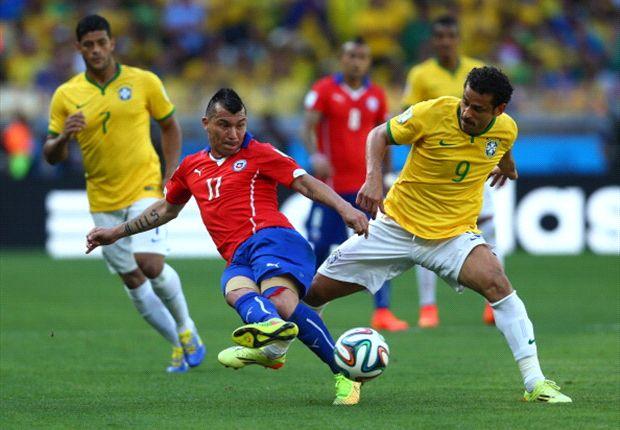 Brasil sufrió y por penales le pudo ganar a Chile