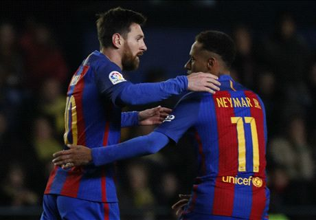 Late Messi strike saves Barcelona point