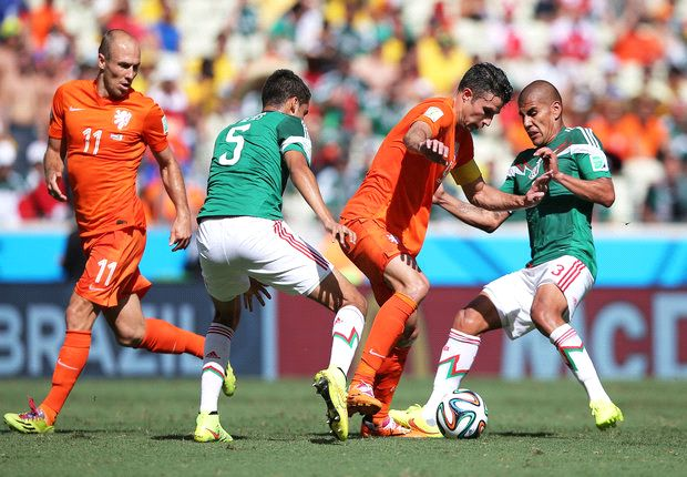Netherlands 2-1 Mexico: Van Gaal's men seal dramatic comeback win in Fortaleza heat
