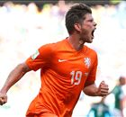 Huntelaar coy over Liverpool links