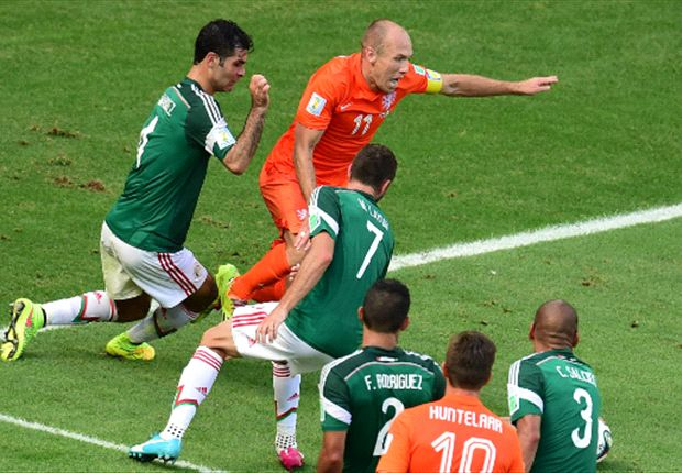Robben will not face Fifa rap following diving admission