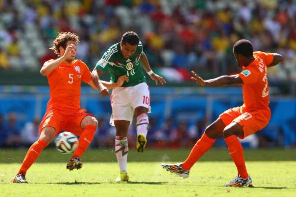 Dos Santos bemoans decisions against Mexico