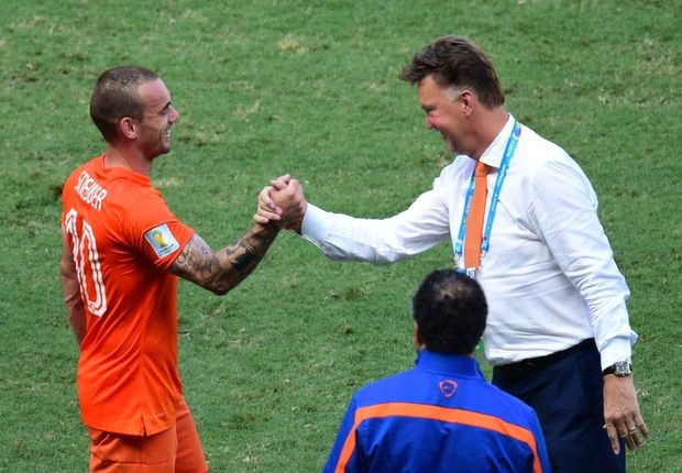 Van Gaal inspires Dutch revival...and Van Persie gamble shows why he'll do the same for Manchester United