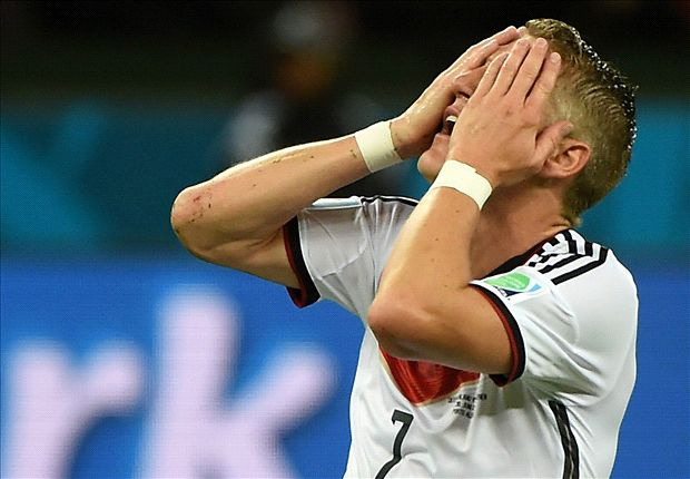 Schweinsteiger needs six-week break, says Bayern Munich doctor