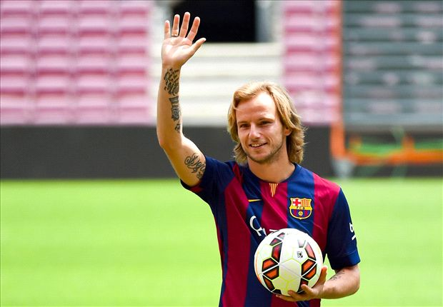 Suarez a 'noble man', says new Barcelona signing Rakitic