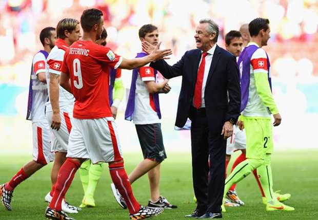 """Las reacciones del Argentina 1-0 Suiza: """"Mis jugadores han jugado con pasión"""", dijo Hitzfeld"""