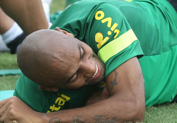 Maicon gets hit in the 'family jewels'