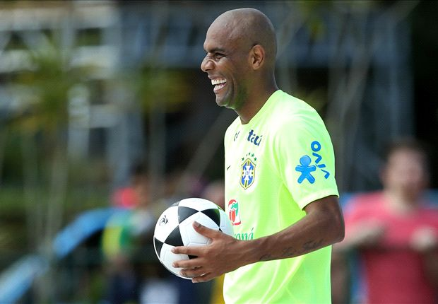 Maicon: Brazil are led by winners