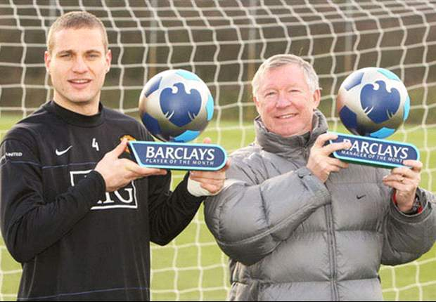 Manchester United's Ferguson & Vidic Scoop Premier League Awards