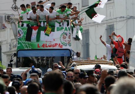 Algeria mulls over Palestine friendly