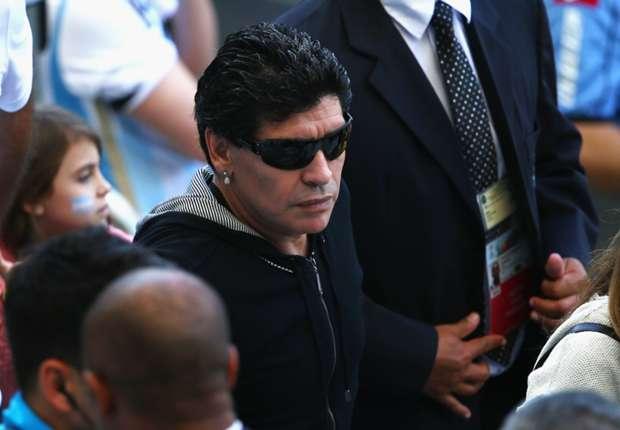 Diego no podrá asistir a ver a la Selección Argentina, ni a ninguna otra.