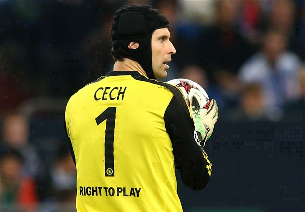 Chelsea keeper Cech: I don't want to be on the bench
