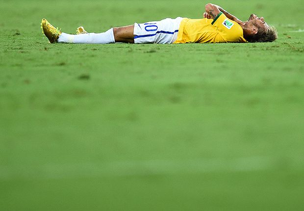 Neymar will be training at Barcelona within a month - Brazil doctor