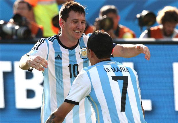 Pressure grows on Messi without right-hand man Di Maria