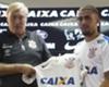 """""""Totalmente focado no Corinthians', Gabriel é anunciado pelo Timão"""