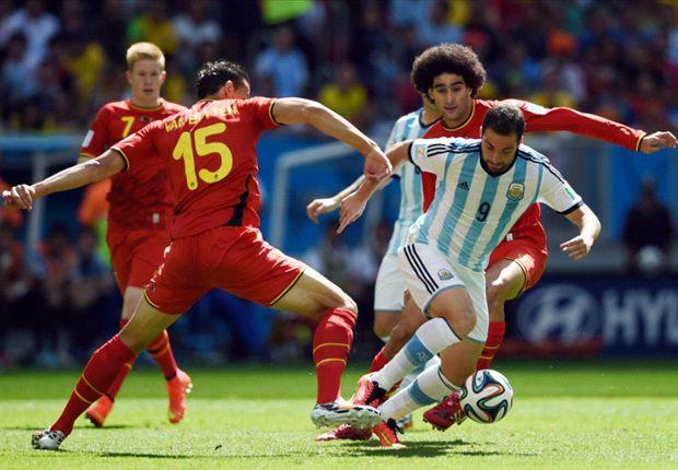 Higuaín velt België met vroege goal