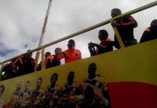 La Selección de Colombia fue recibida por una multitud.