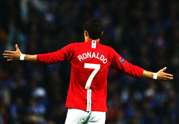 Who will Van Gaal sign to fill the iconic Manchester United No.7 shirt?