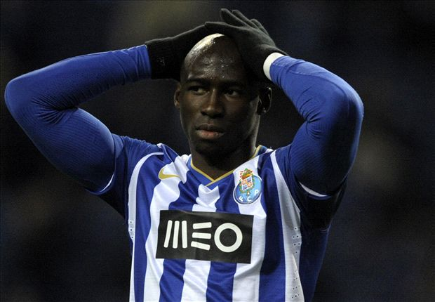 Mangala not fit for Manchester City debut against Newcastle