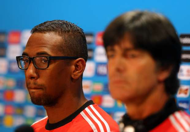 Boateng eager for Low to continue with Germany