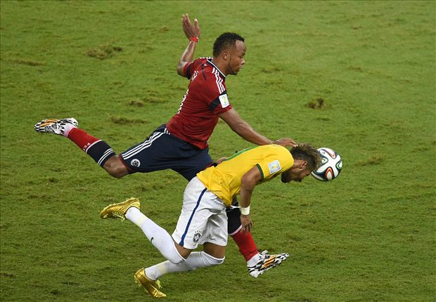 Thiago Silva slams 'cowardly' Zuniga for Neymar challenge