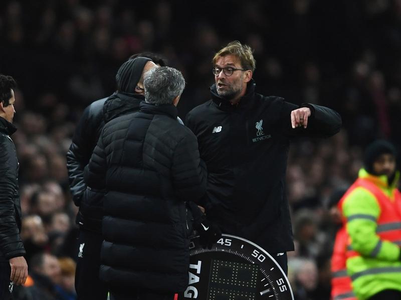 Manchester United, Mourinho calme le jeu avec Klopp