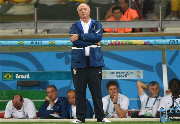 Brazil should sack Scolari - Zico