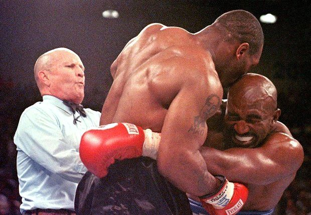 Mike Tyson leaps to defence of Suarez in biting controversy