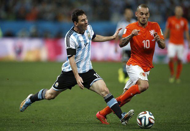 Argentina played for penalties - Sneijder