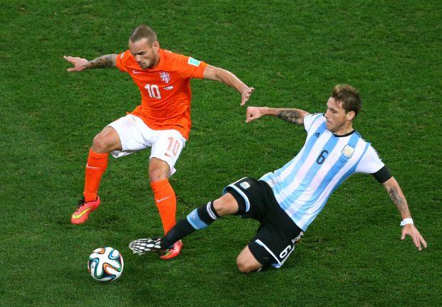 Biglia, elegido por Sabella para reemplazar a Gago, fue una de las figuras ante Holanda.