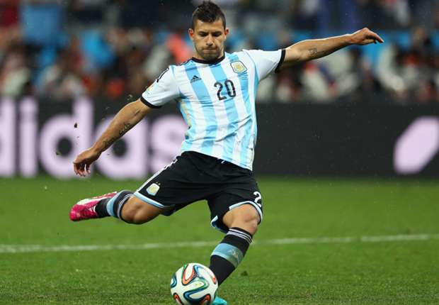 Aguero & Di Maria on Argentina bench for World Cup final against Germany