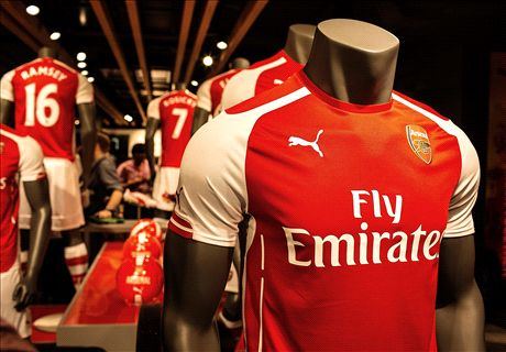Arsenal's spectular kit launch