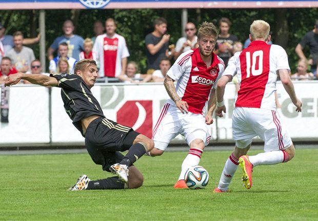 Schöne scoorde vanuit een vrije trap tegen landgenoten