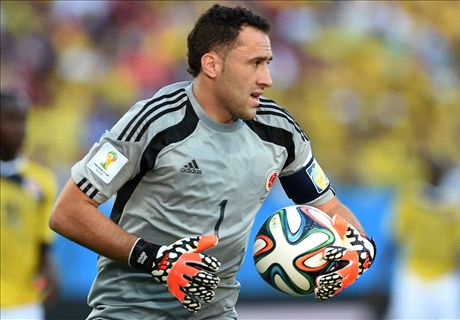 Arsenal signs goalkeeper Ospina
