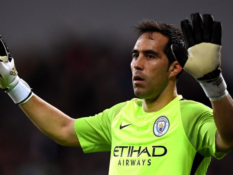 City, Six buts encaissés en six frappes Bravo