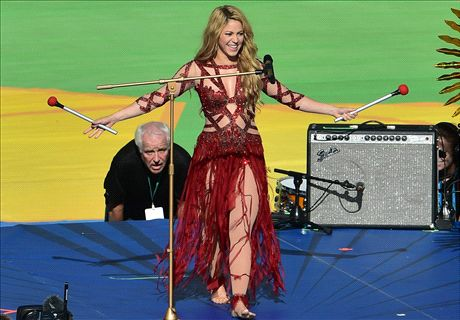 Shakira: James makes me proud