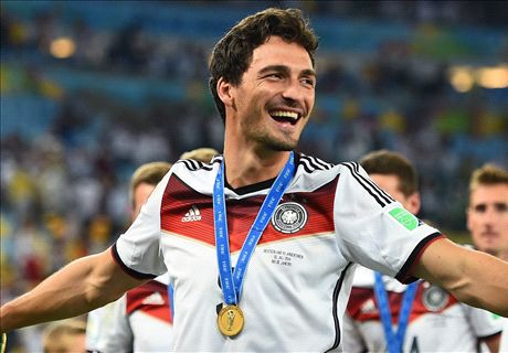 Transfer Talk: Man Utd line up Hummels